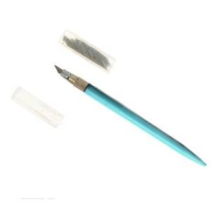 Нож для фигурного вырезания + 12 запасных лезвий